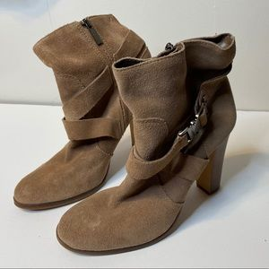 Vince Camuto Connolly Booties Women's 8.5 Brown